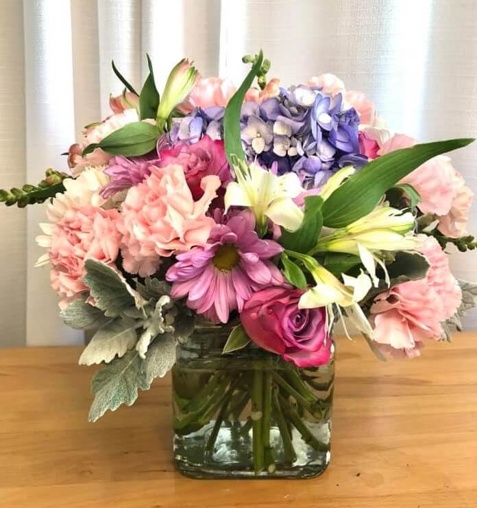 Laurie Anne's House of Flowers and Gifts in Wichita, Kansas