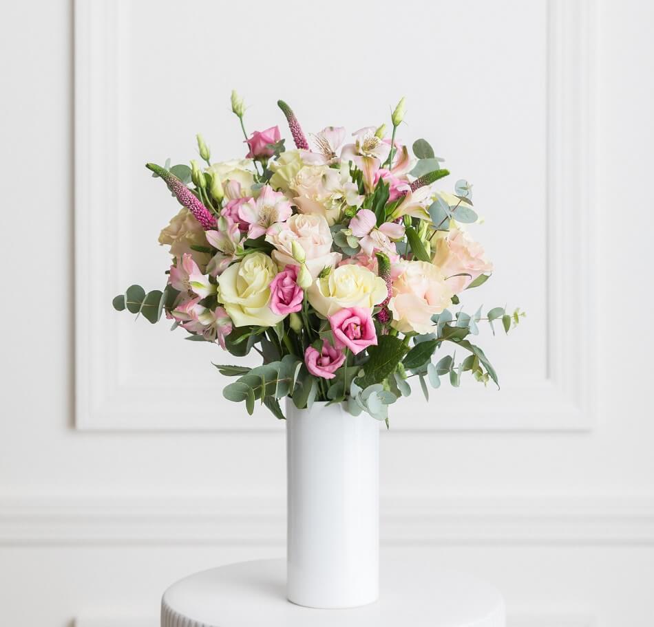 Ode a la Rose Same Day Flower Delivery in Philadelphia, PA