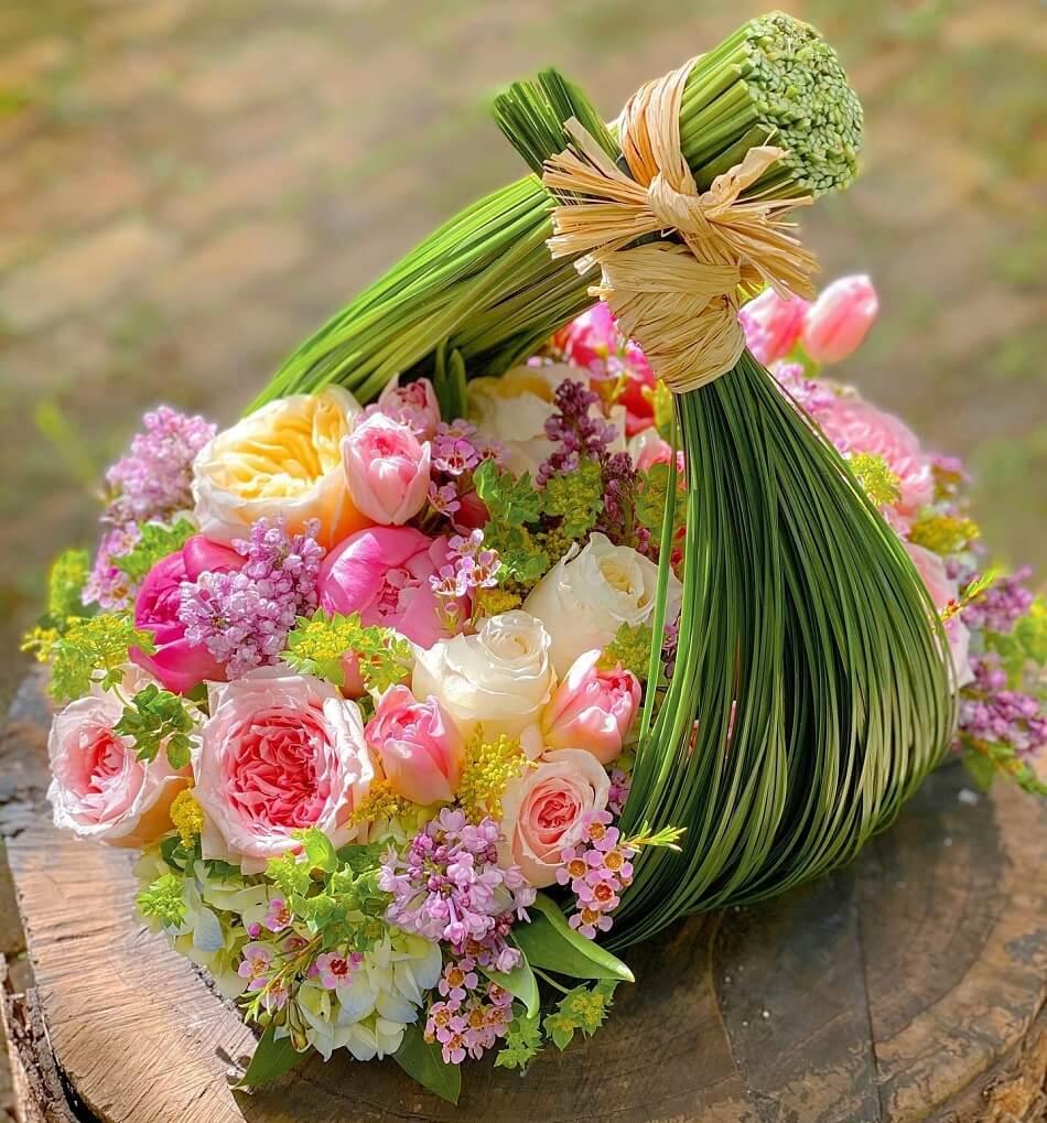 Pistils & Petals Luxury Floral Gift Baskets in Miami, Florida
