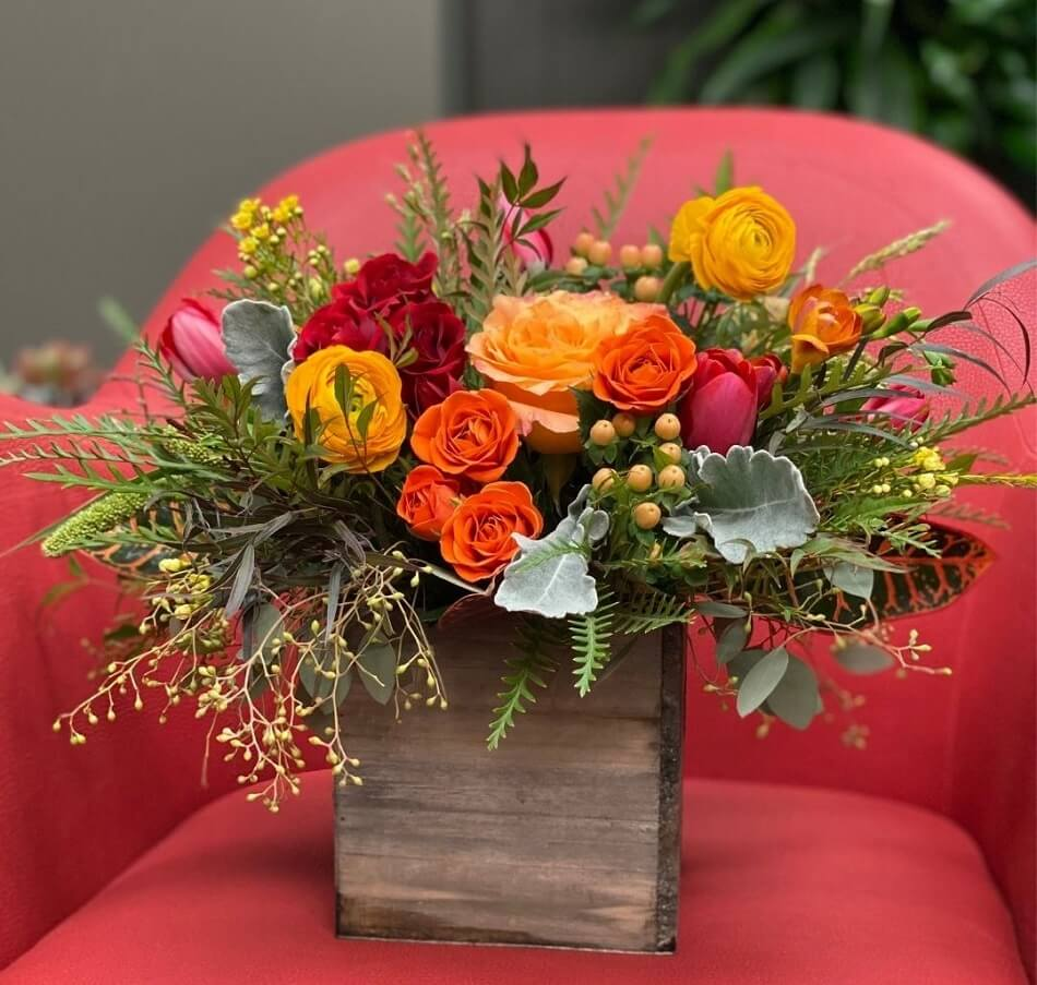 Plantscaping and Blooms flower delivery in Cleveland, Ohio