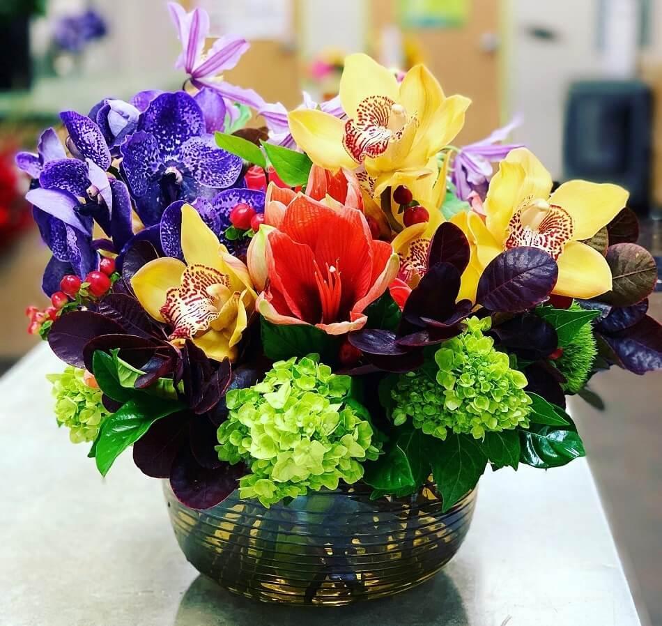 Toni's Flowers & Gifts in Tulsa, OK