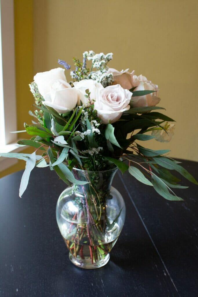UrbanStems Manor Bouquet in a Vase