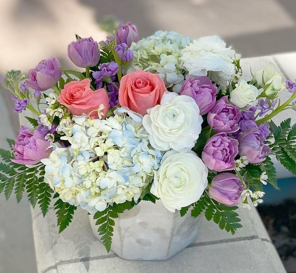 White Oak Florist Flower Delivery in Bakersfield, CA