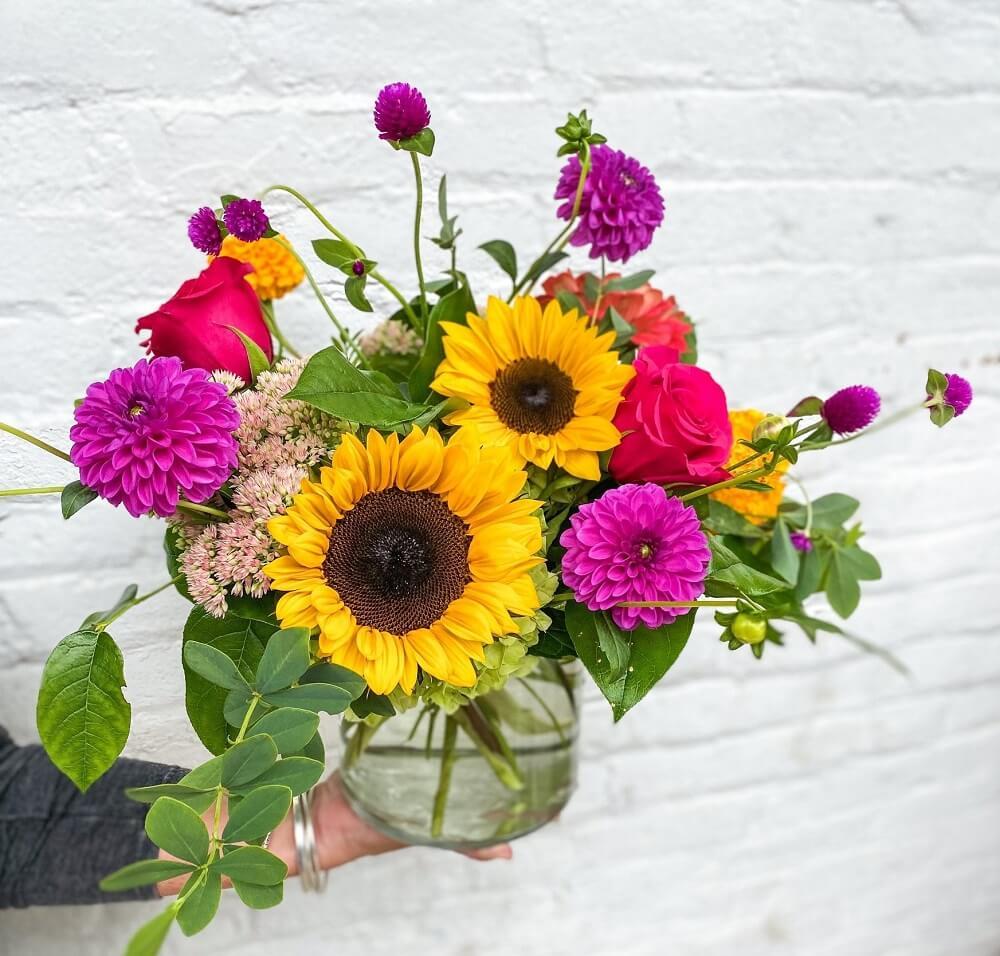 Angel 101 Flower Shop in Toledo, OH