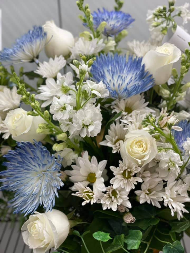 Armstrong Flowers Delivery in Fort Wayne, IN