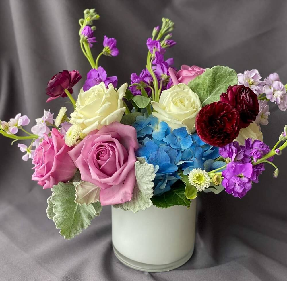 Bartz Viviano Flowers and Gifts in Toledo, OH