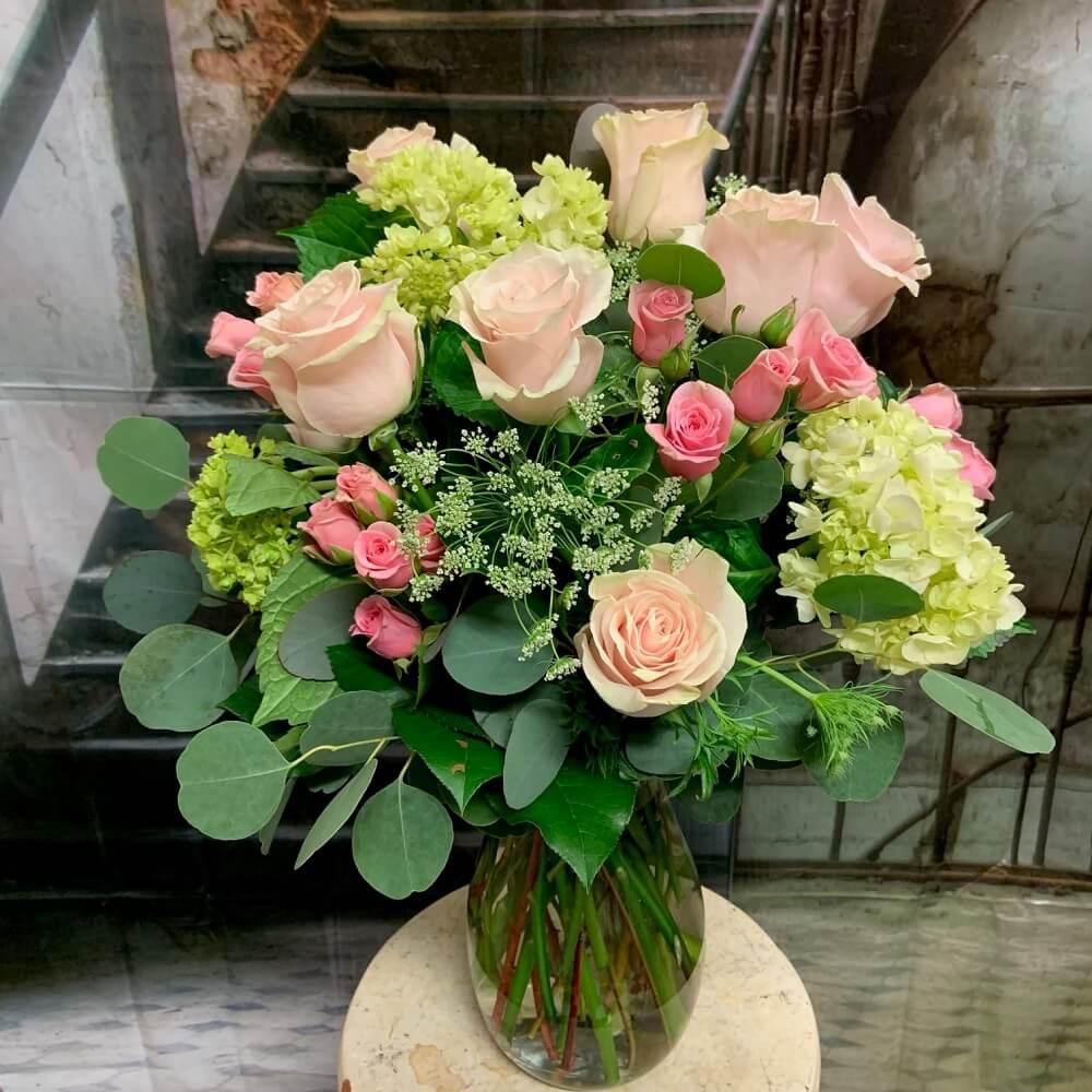 Le Bouquet Flower Delivery Service in Scottsdale, AZ