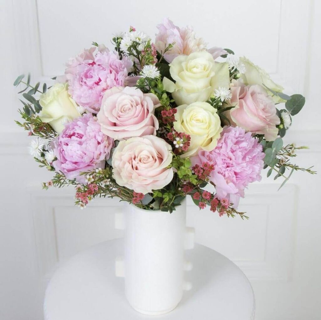 Ode a la Rose Flower Delivery Service in Fort Wayne, IN
