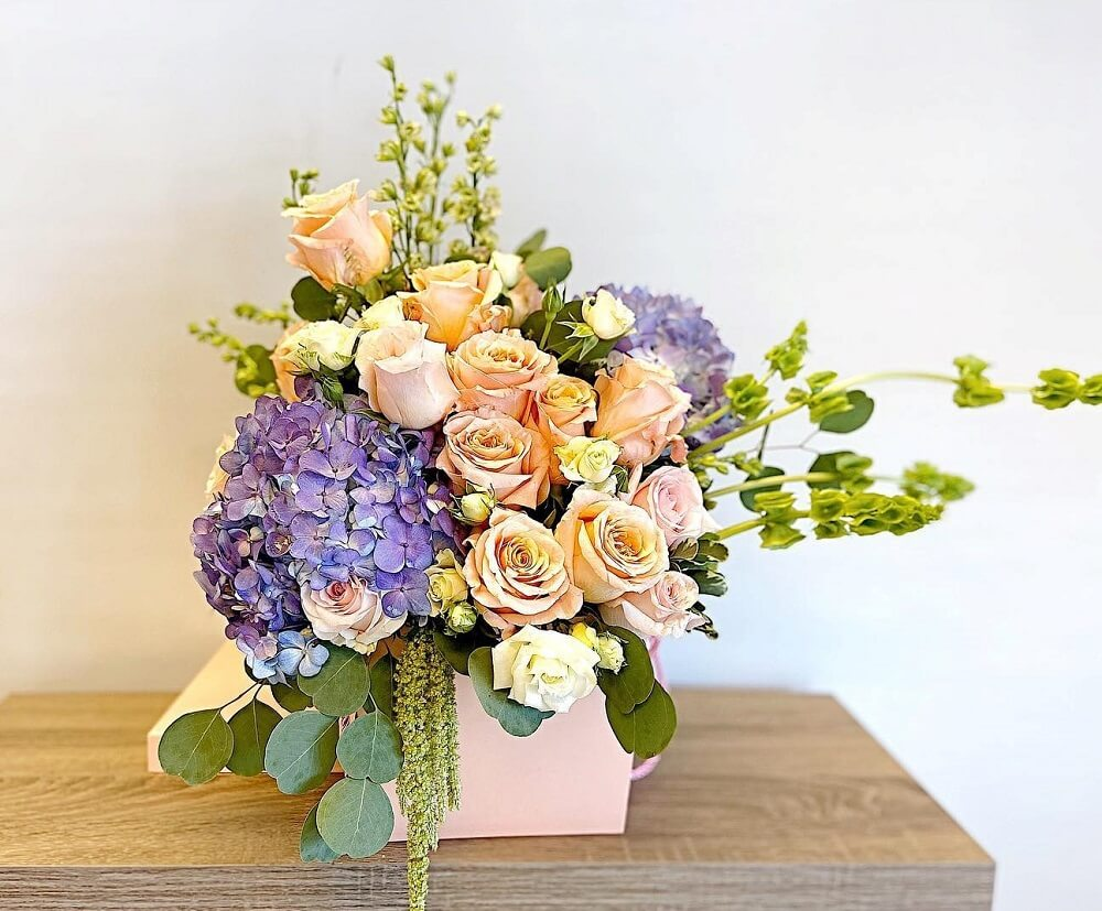 Elite Flowers and Gifts in Glendale, Arizona
