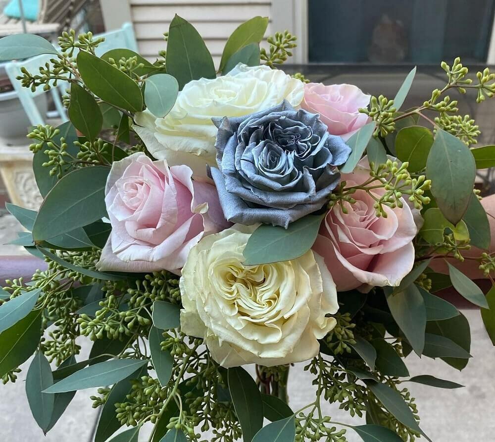 Glendale Flowers and Gifts in Glendale, Arizona