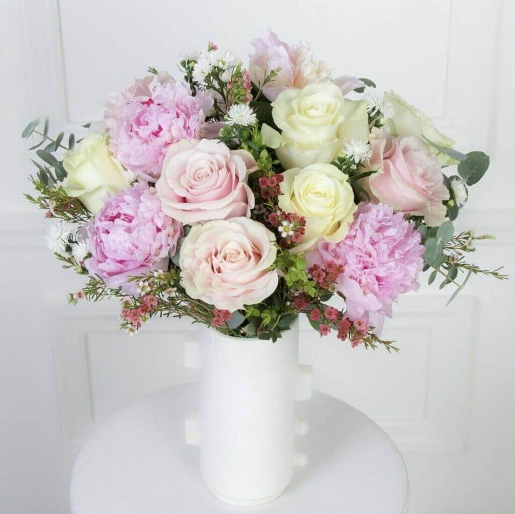 Ode a la Rose Flower Delivery Service in Laredo, Texas